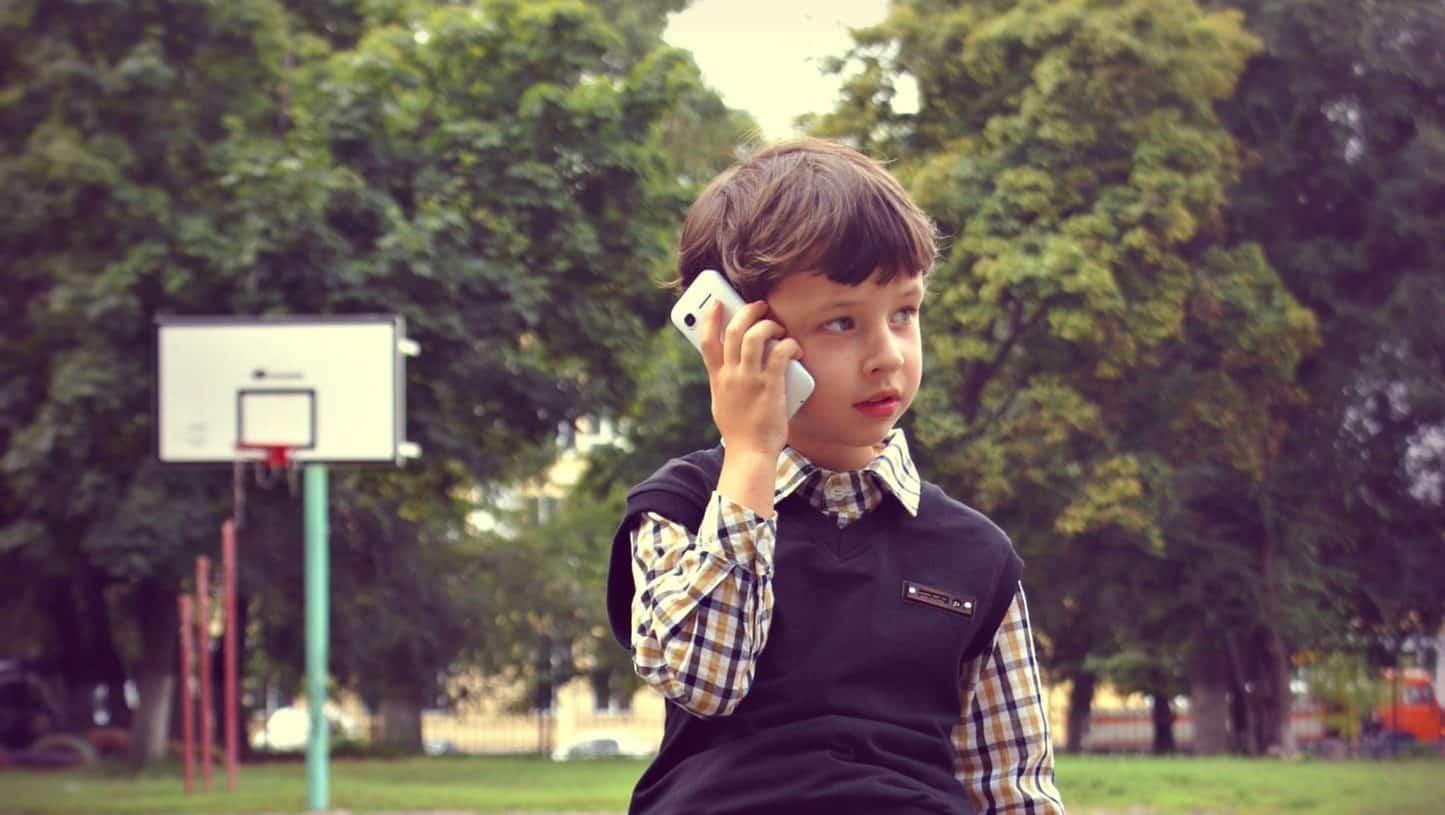 Unge og teknologi – Essay